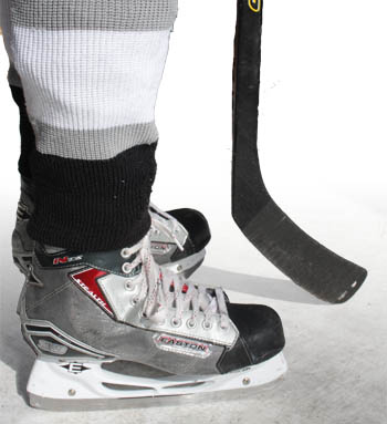 how to measure a hockey stick